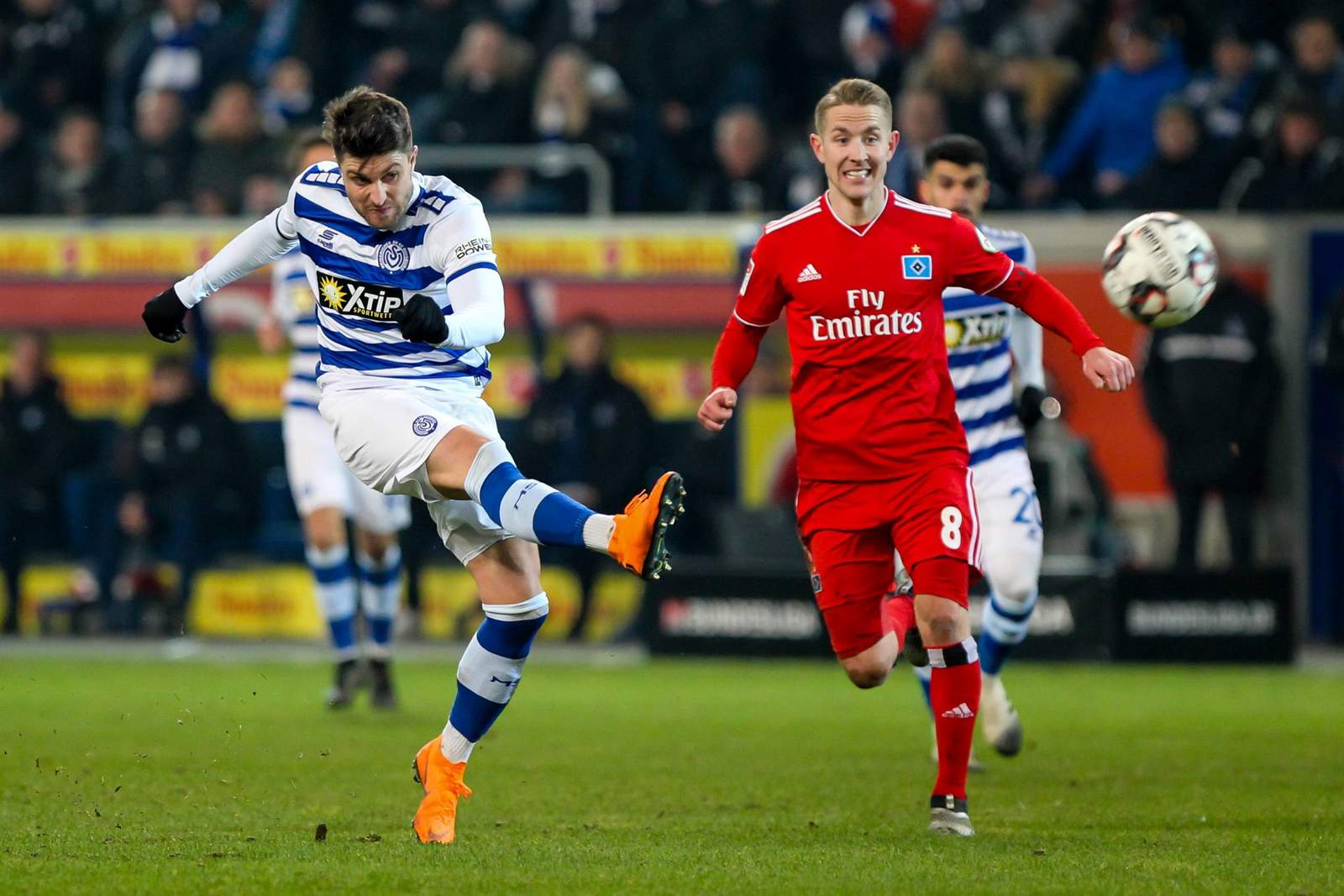 Moritz Stoppelkmap, MSV Duisburg und Lewis Holtby vom HSV