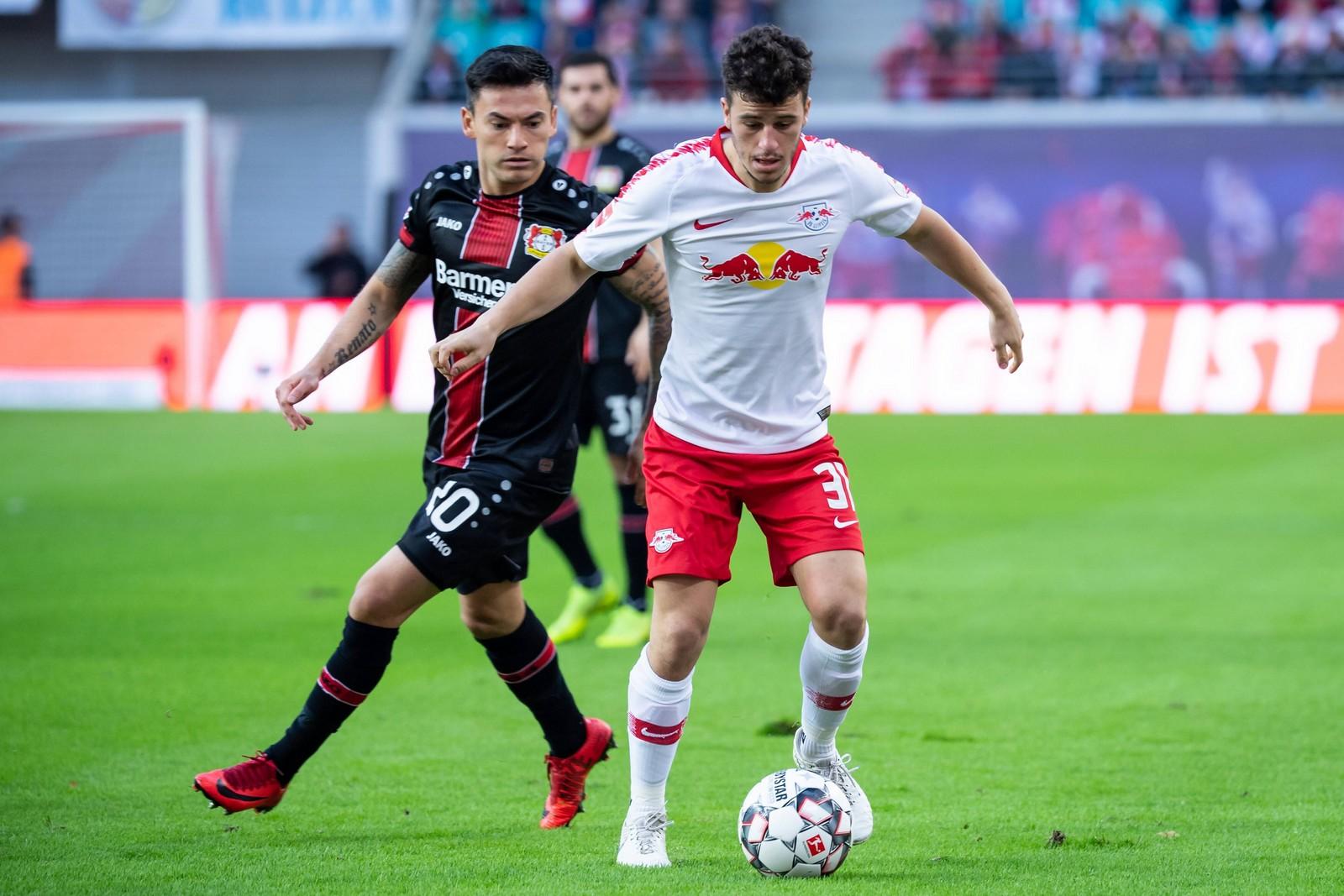Kann Charles Aranguiz mit Leverkusen wieder punkten? Jetzt auf Leverkusen gegen Leipzig wetten!
