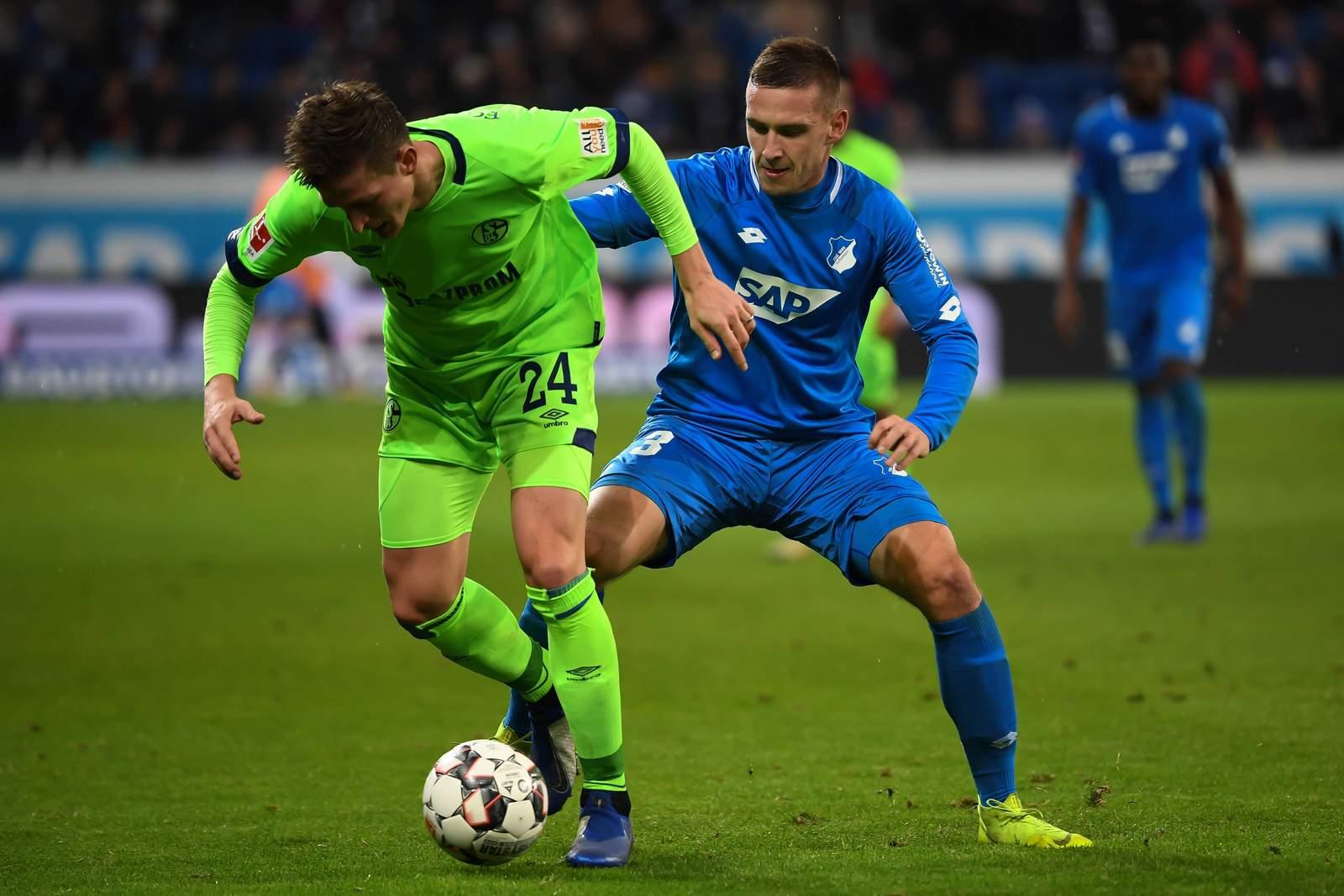 Kann Pavel Kadarabek seine Abwehrseite gegen Bastian Oczipka sichern? Jetzt auf Schalke gegen Hoffenheim wetten!