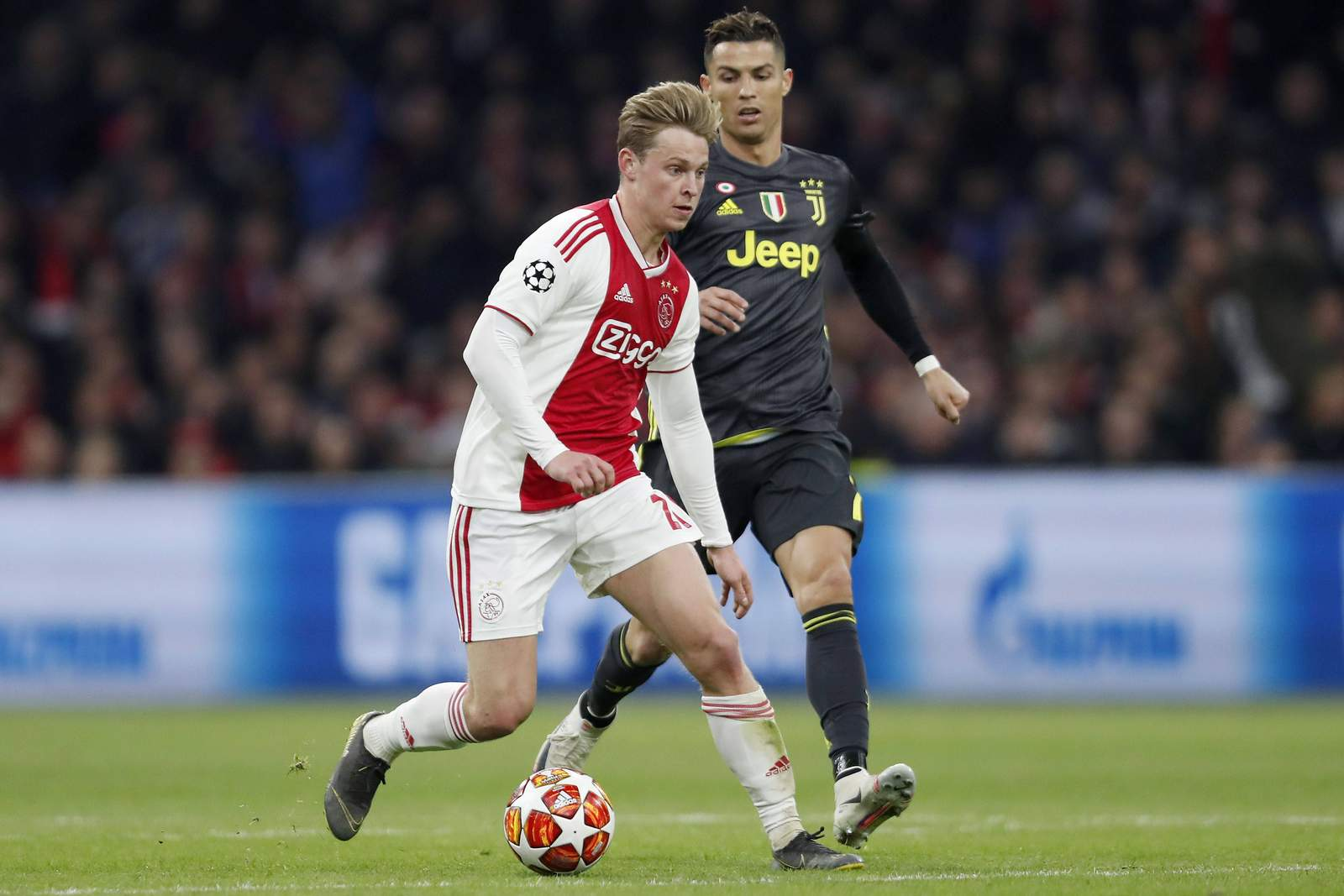 Setzt sich de Jong gegen Ronaldo durch? Jetzt auf Juventus gegen Ajax wetten