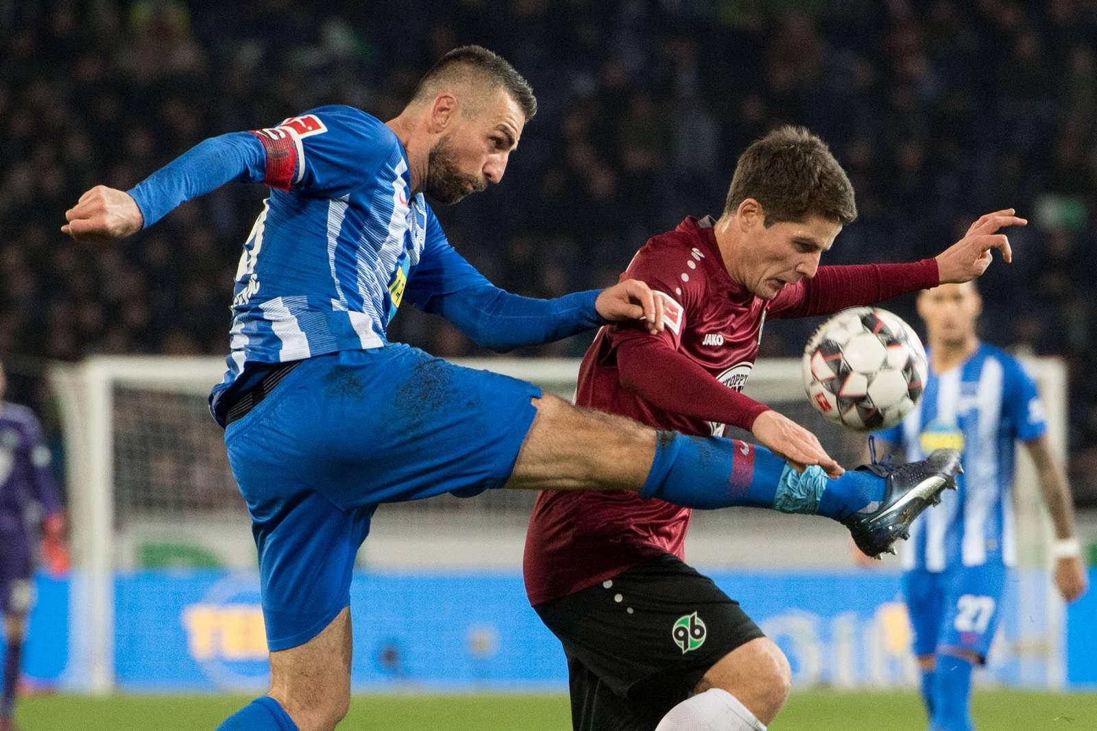 Wird es wieder ein Kampfspiel zwischen Vedad Ibisevic und Pirmin Schwegler? Jetzt auf Hertha gegen Hannover wetten!