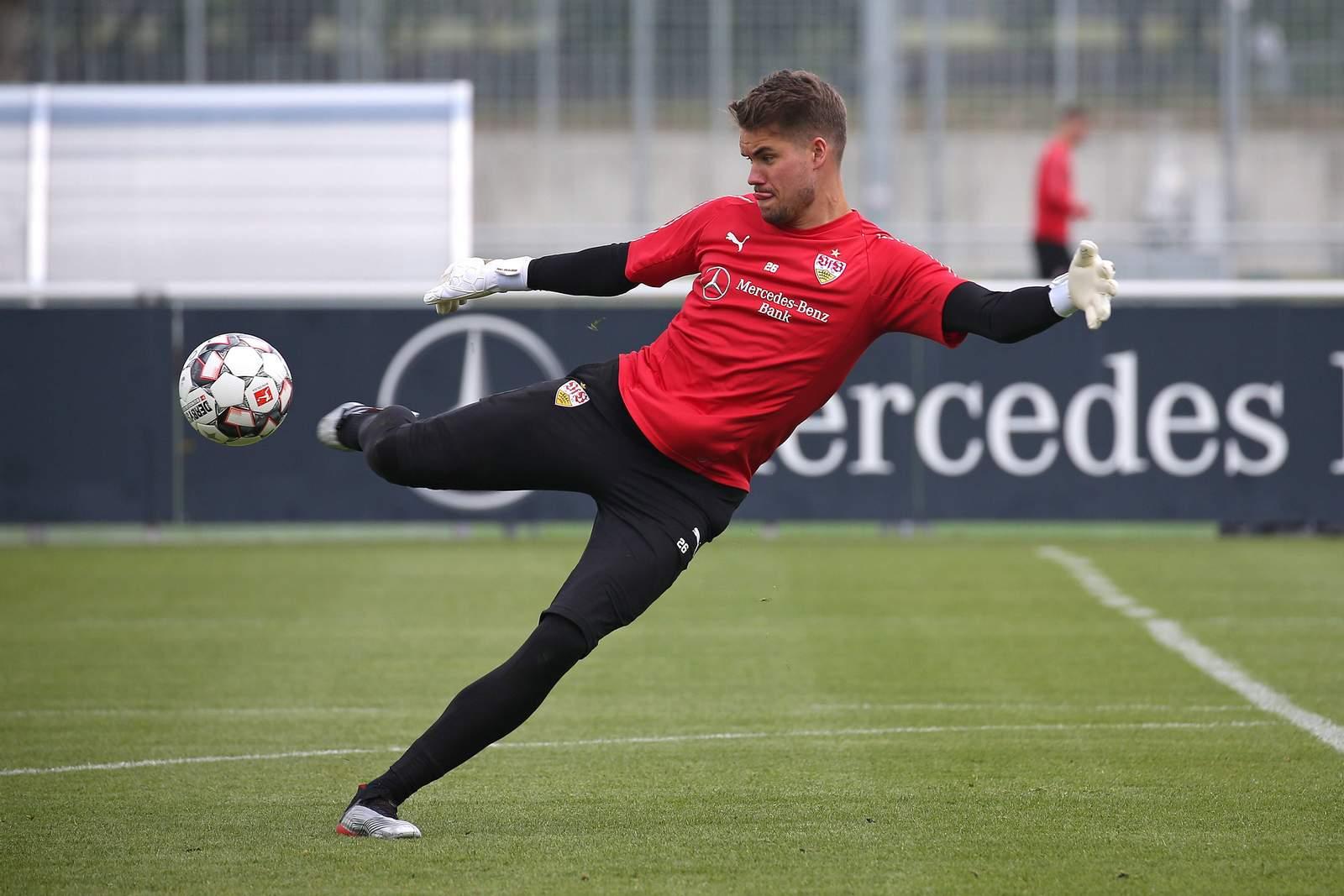 Alexander Meyer beim Training des VfB Stuttgart