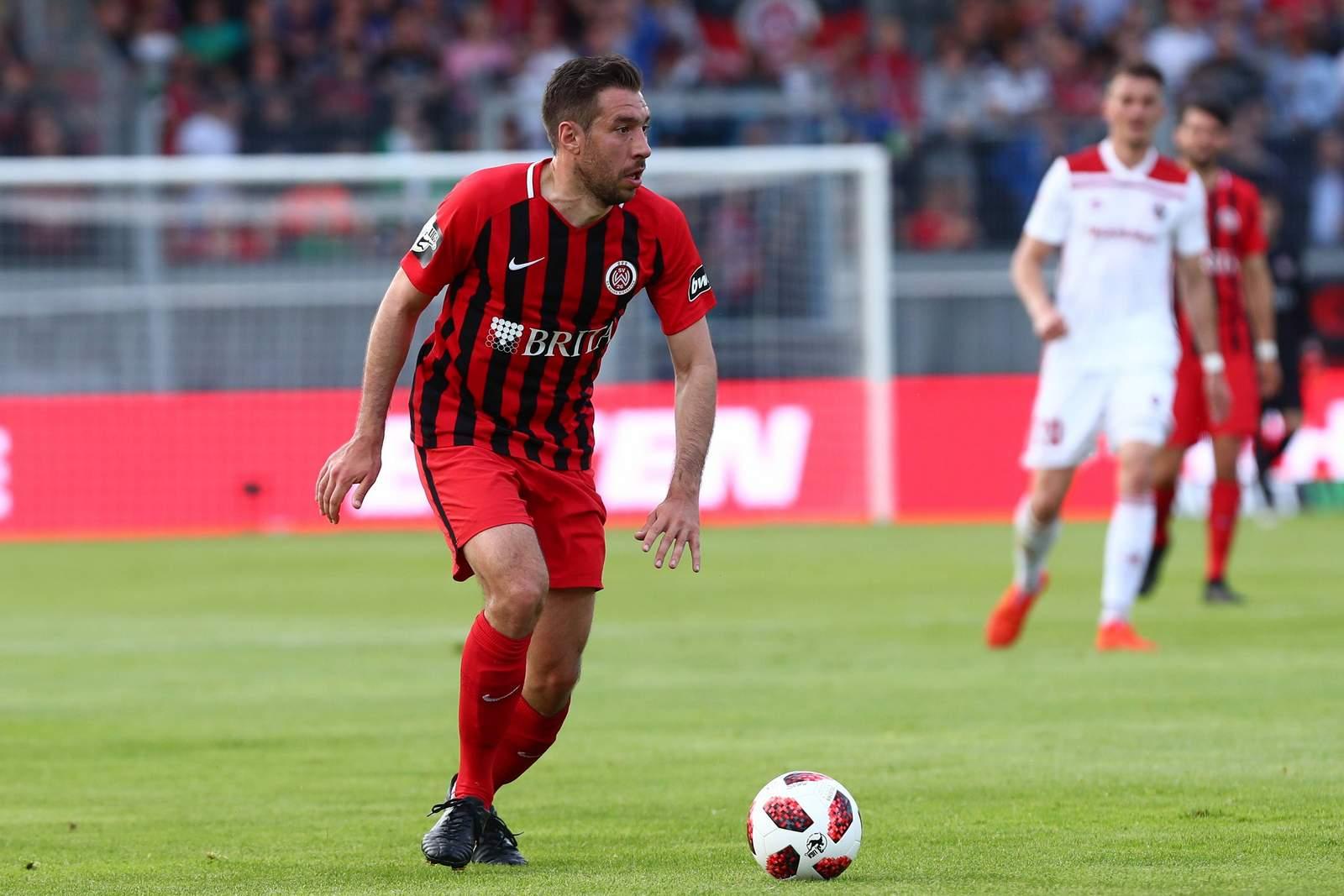 Patrick Schönfeld vom SV Wehen Wiesbaden