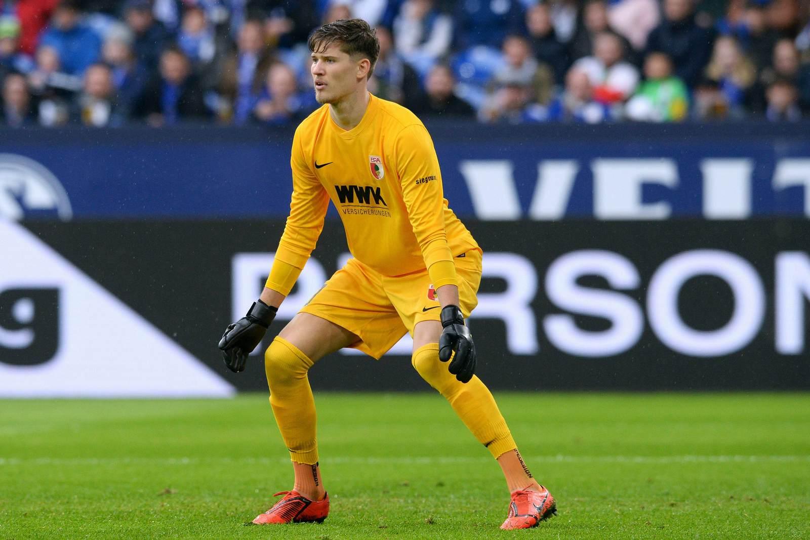 Grekor Kobel im Kasten des FC Augsburg