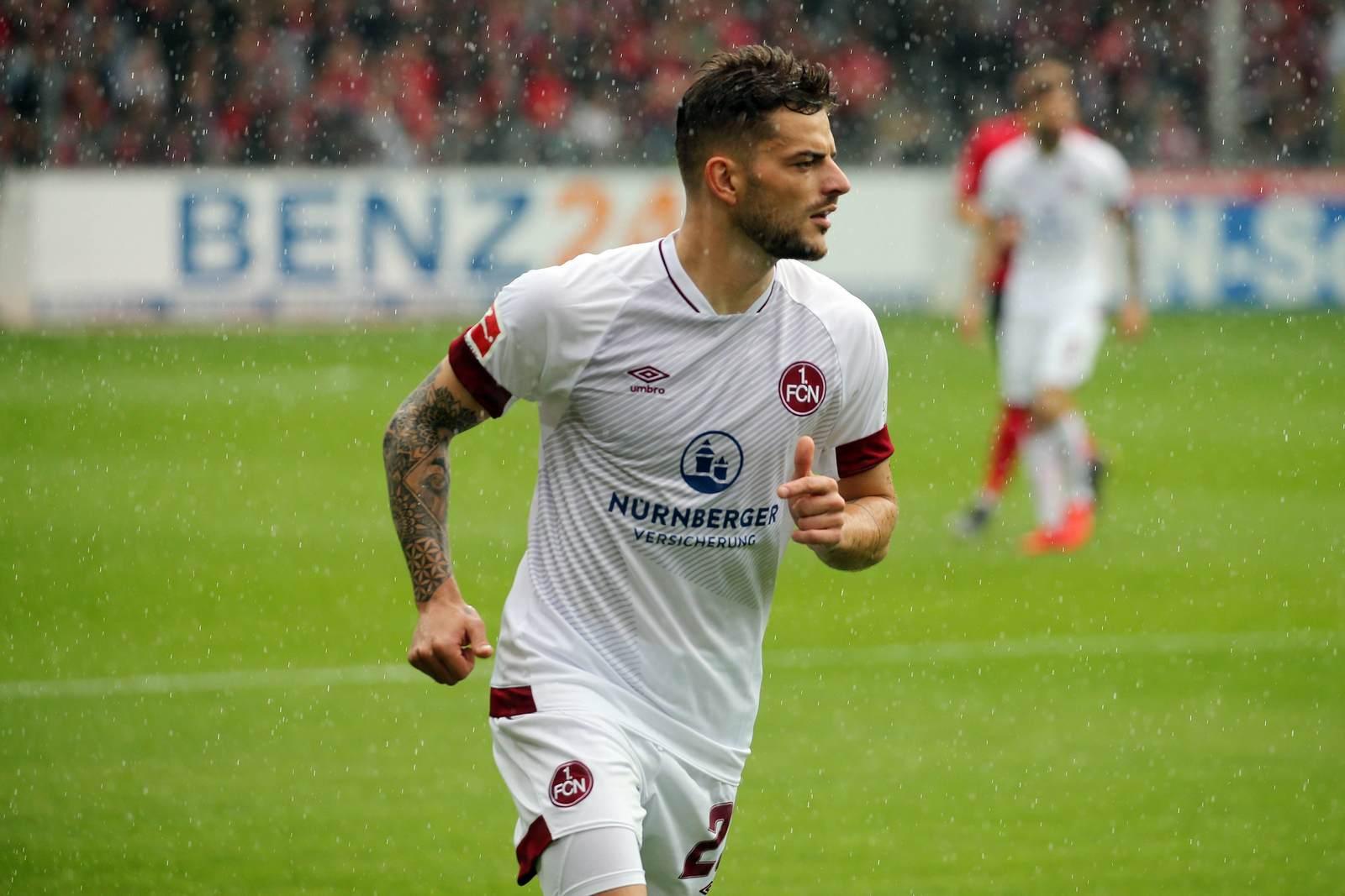Tim Leibold im Trikot des 1. FC Nürnberg