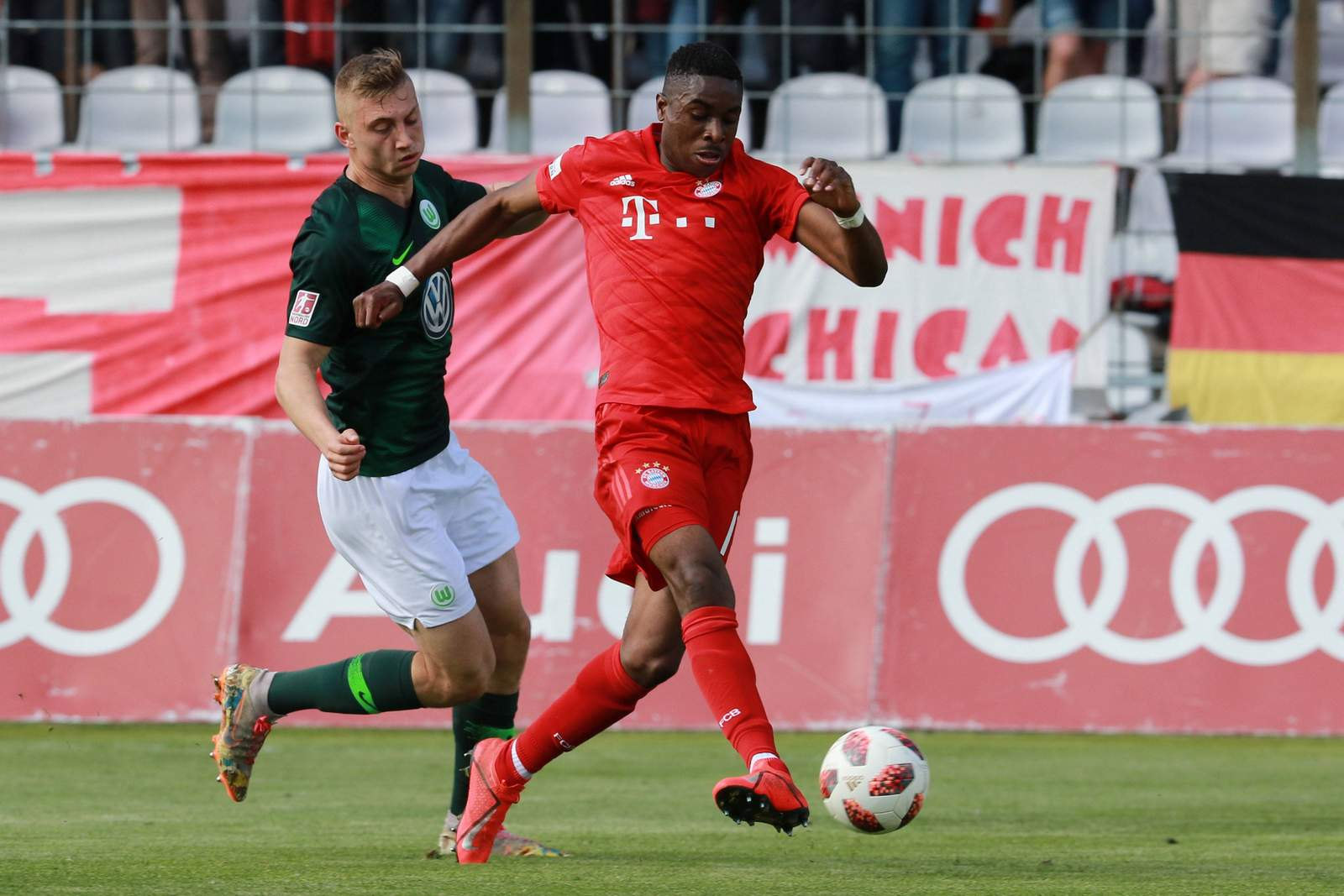 Maxime Awoudja bei der U23 des FC Bayern