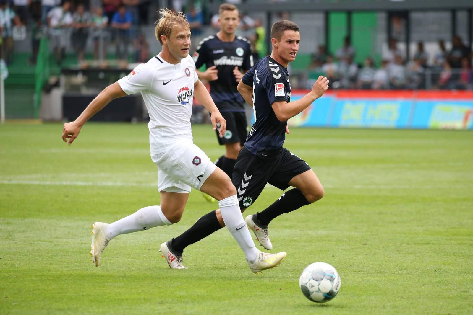 Jan Hochscheidt (l.) gegen Fürth.