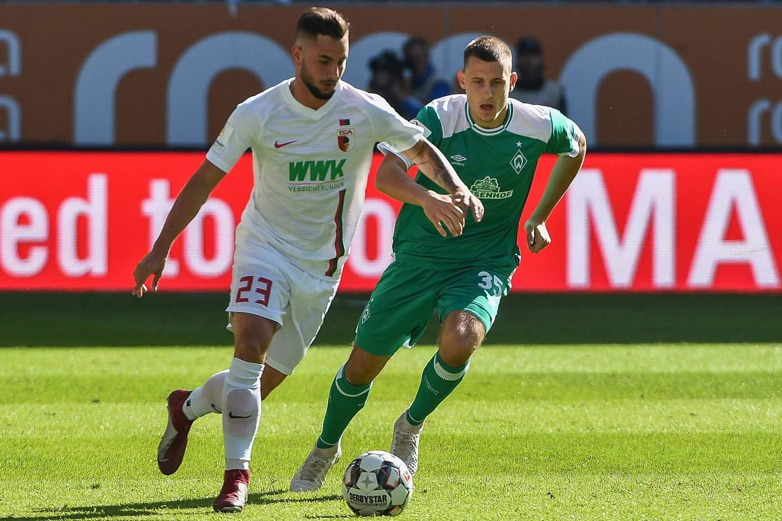 Marco Richter von Augsburg gegen Maximilian Eggestein von Werder