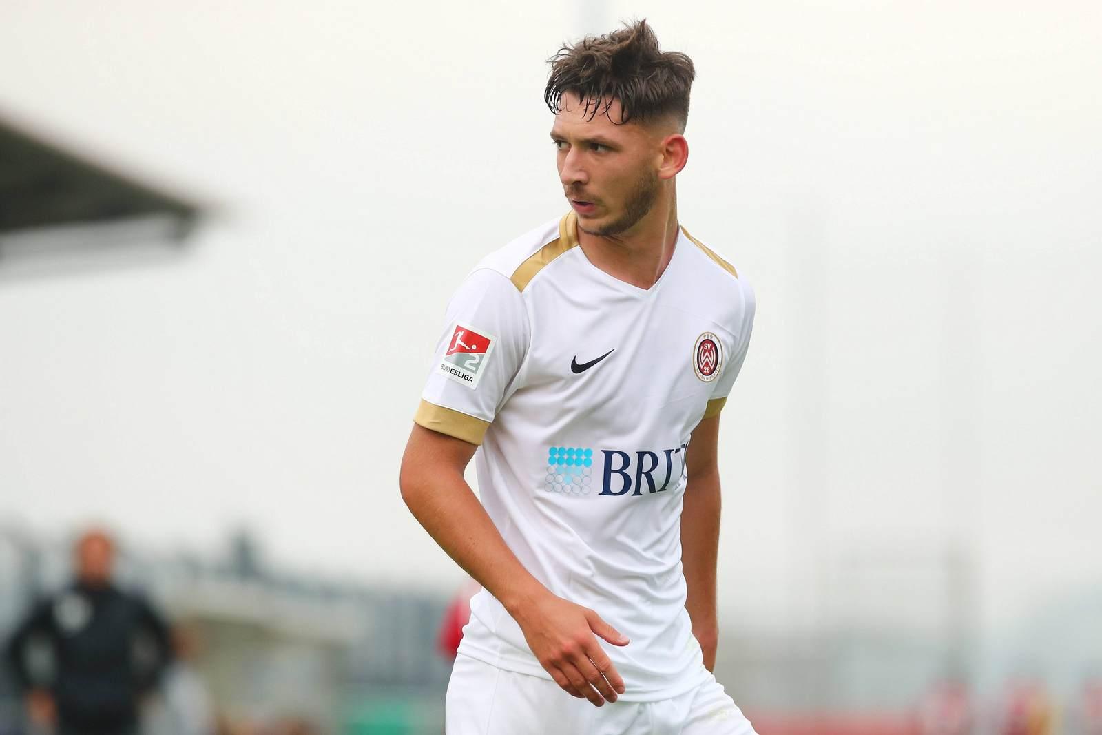 Cedric Euschen vom SV Wehen Wiesbaden