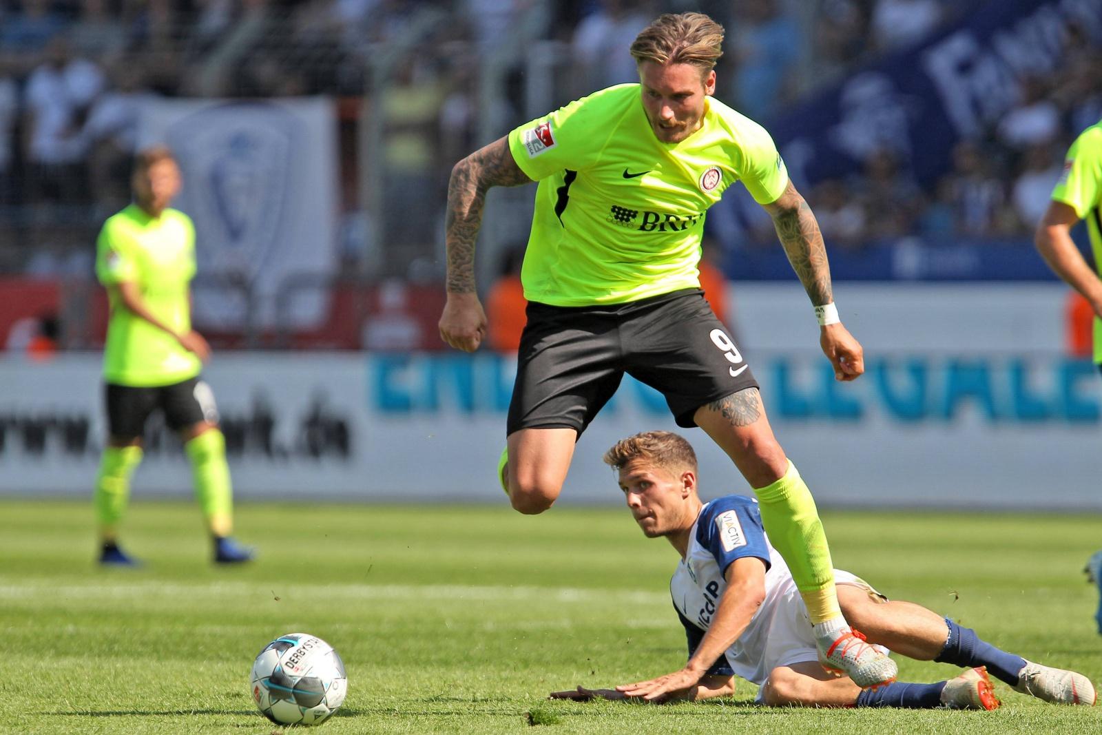 Manuel Schäffler am Ball gegen den VfL Bochum