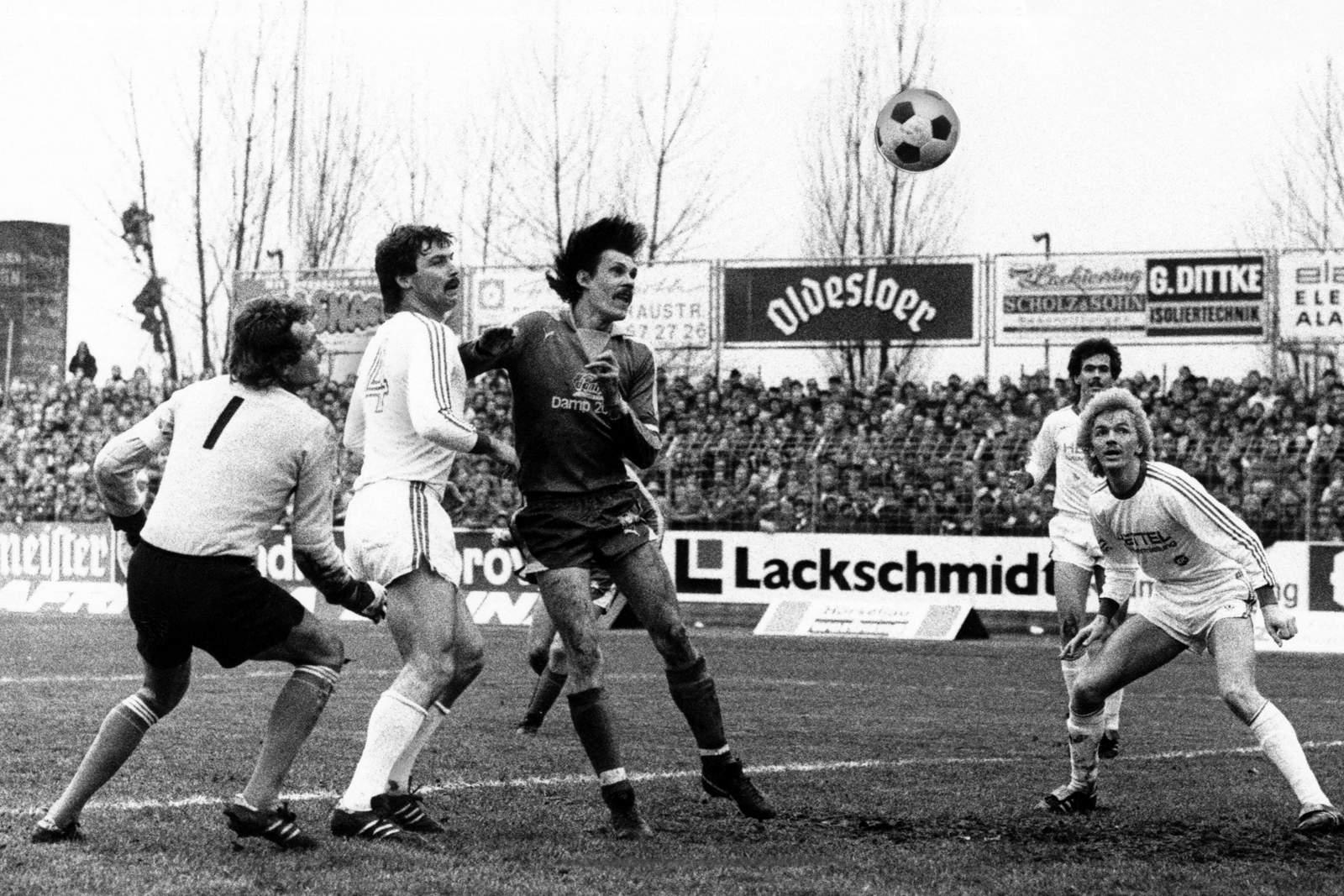Trifft die KSV wieder wie Wendlandt 1978? Jetzt auf Holstein Kiel gegen KSC wetten