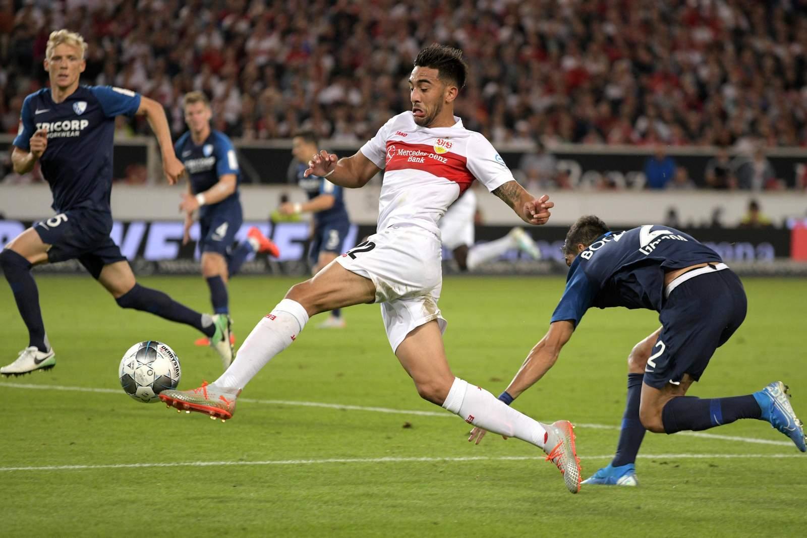 Nicolas Gonzalez (m.) gegen Bochum.
