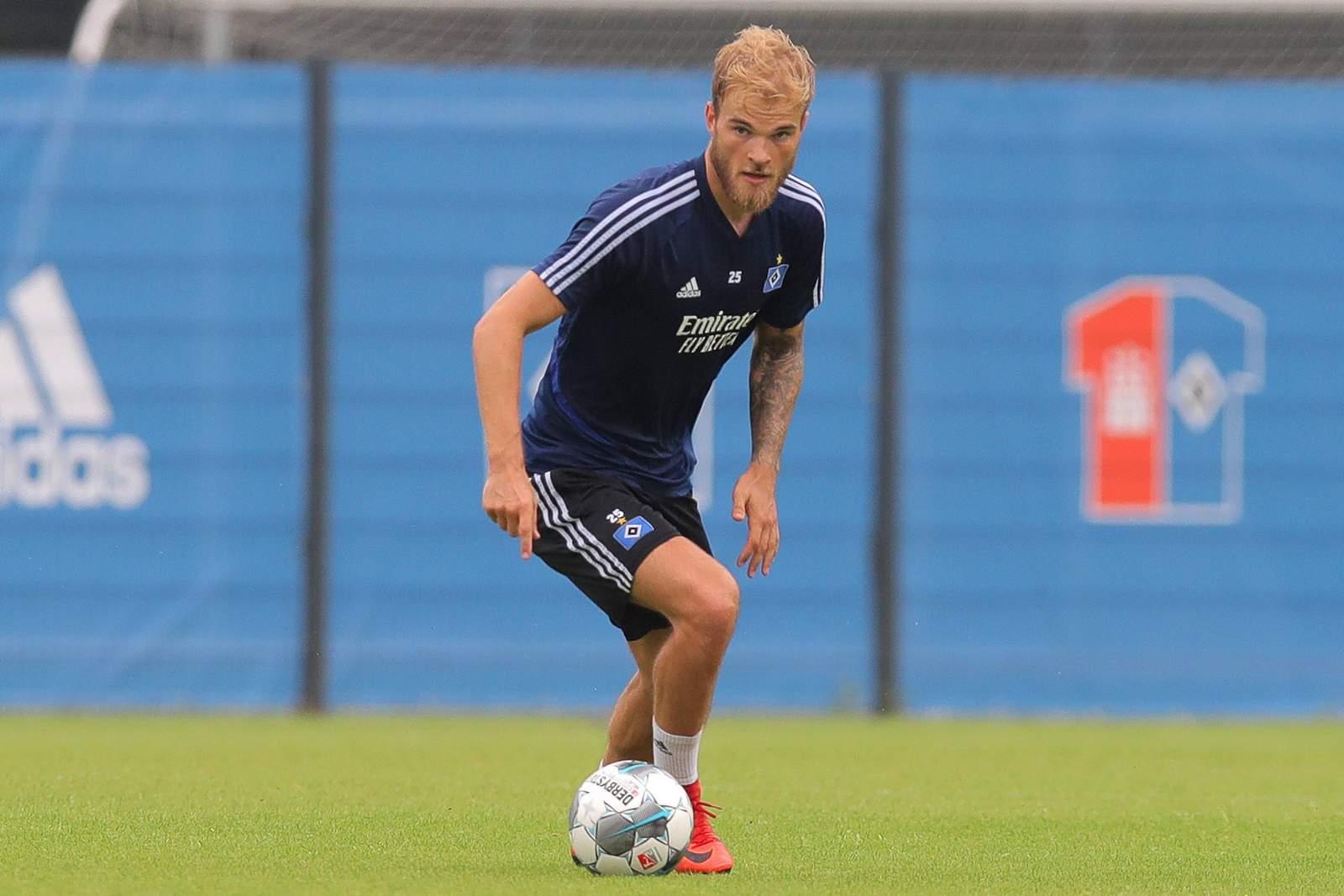 Timo Letschert im HSV-Training.