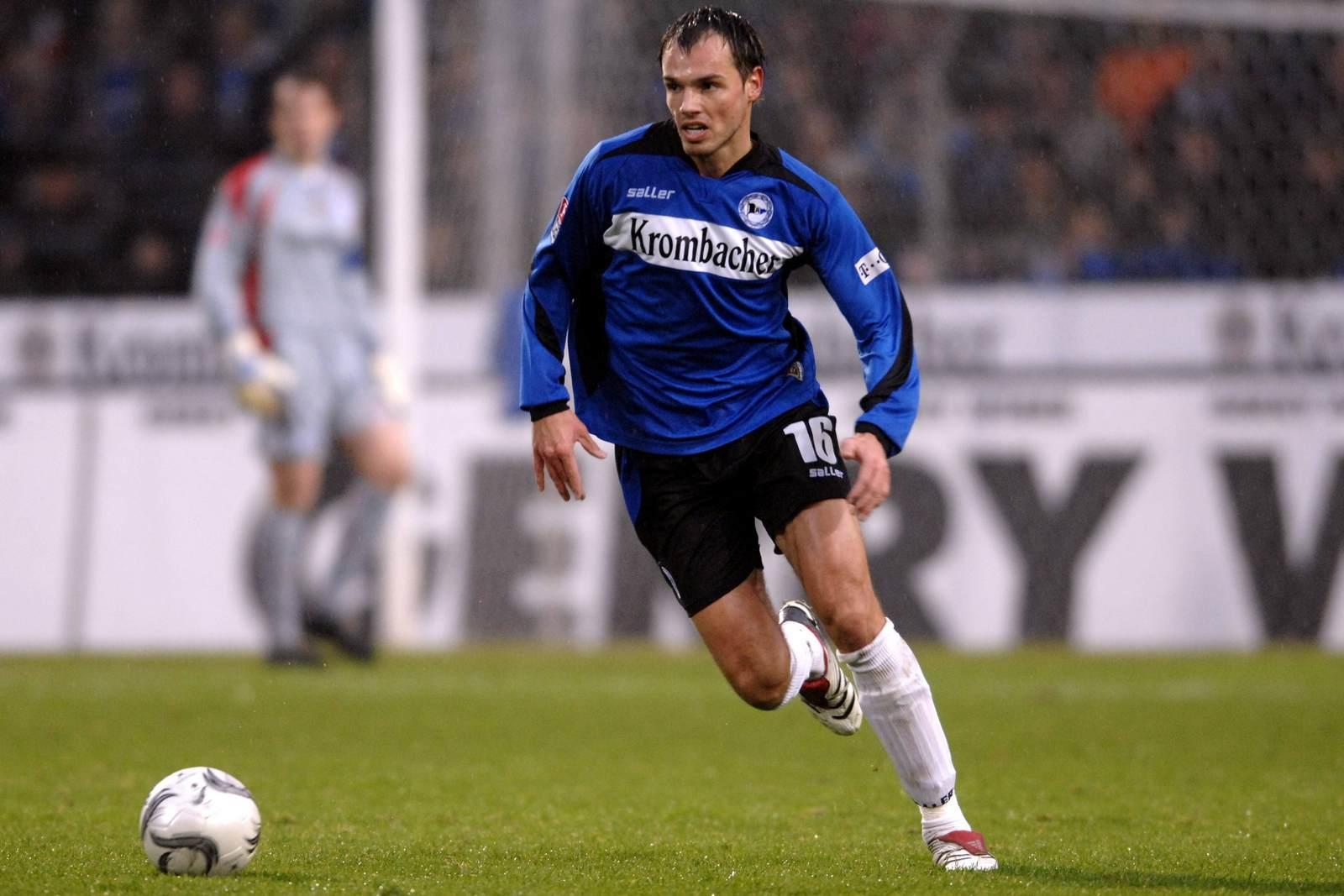 Heiko Westermann am Ball für Arminia Bielefeld