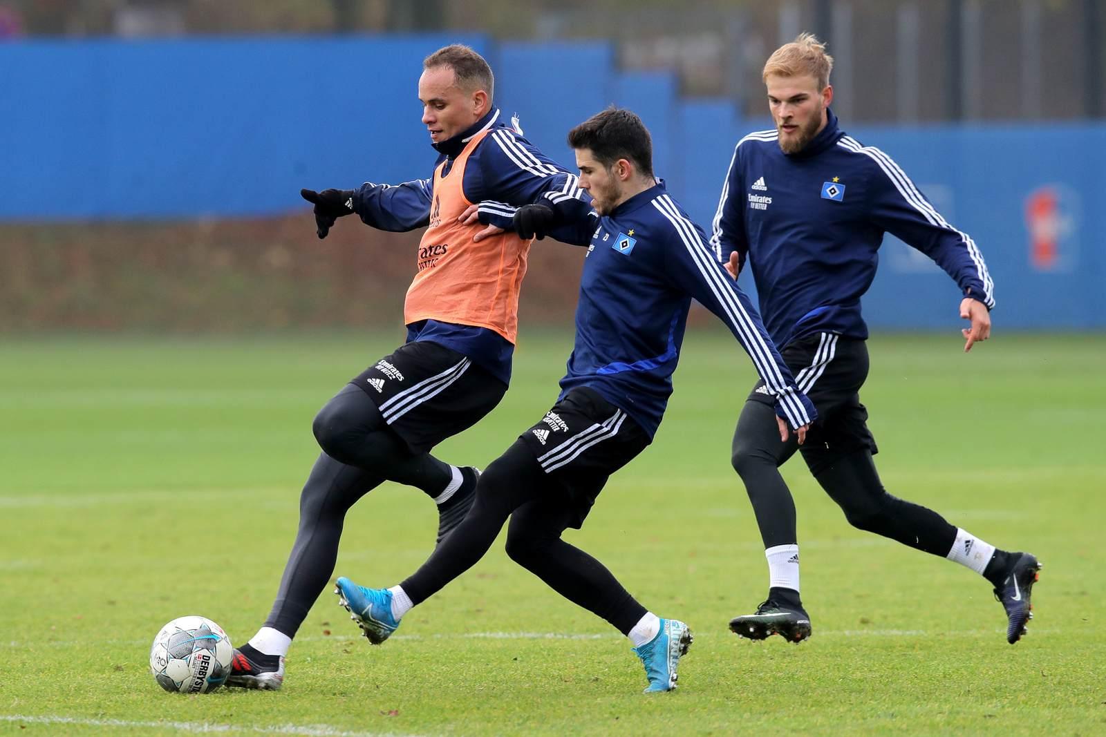 Ewerton, Jairo Samperio und Timo Letschert im HSV-Training
