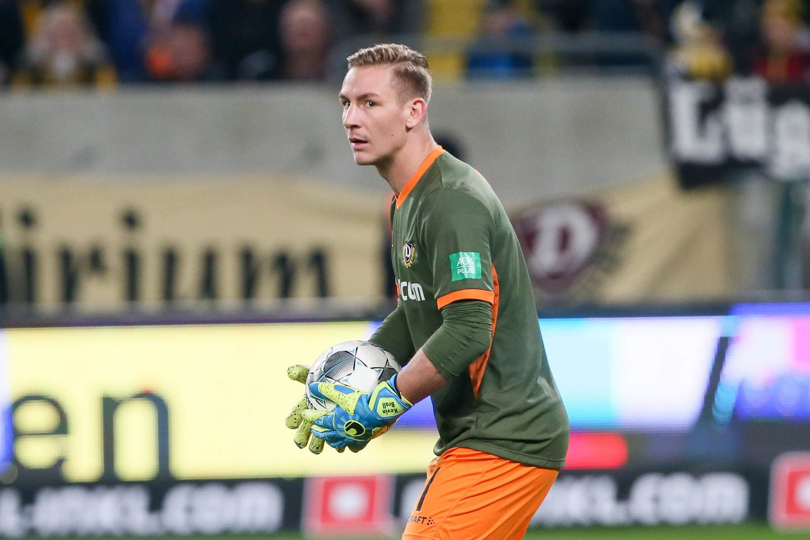 Kevin Broll im Tor der SG Dynamo Dresden