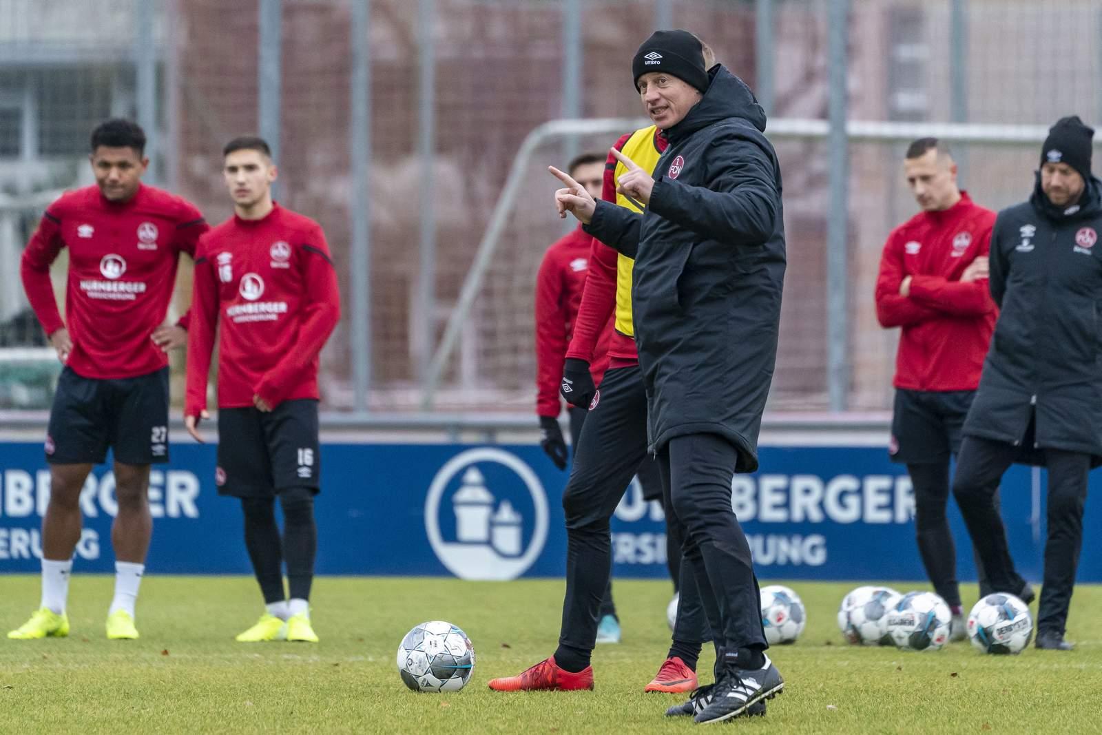 Jens Keller beim Training
