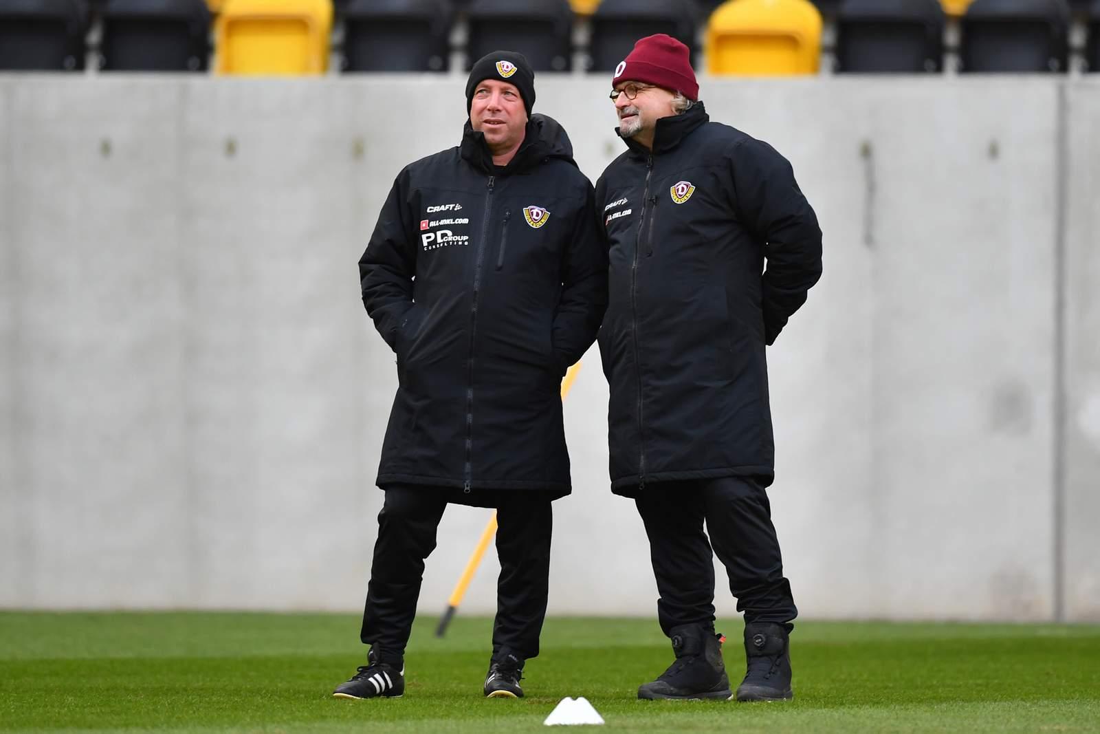Markus Kauczinski und Heiko Scholz von Dynamo Dresden