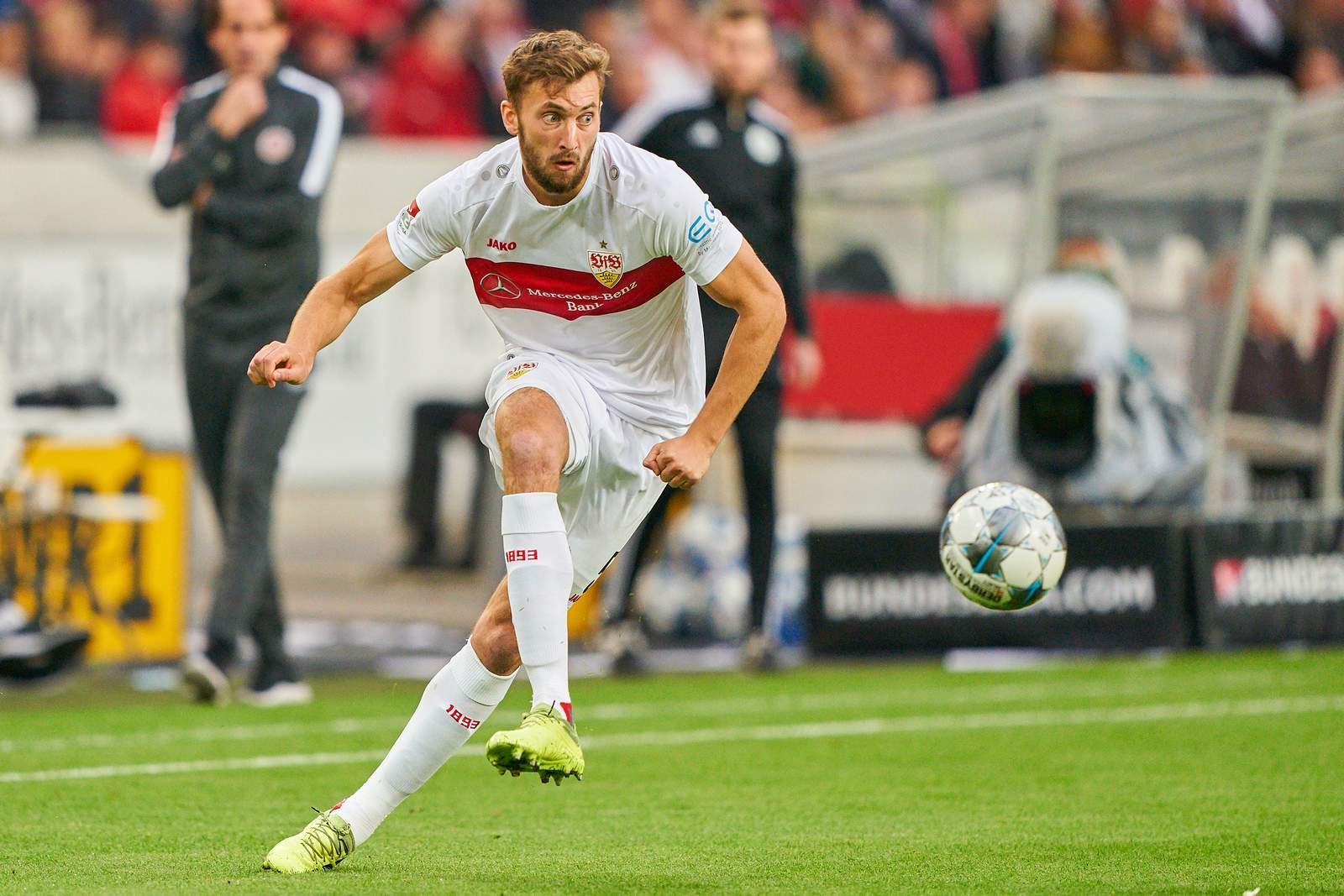 Nathaniel Phillips im Spiel gegen Wehen Wiesbaden.