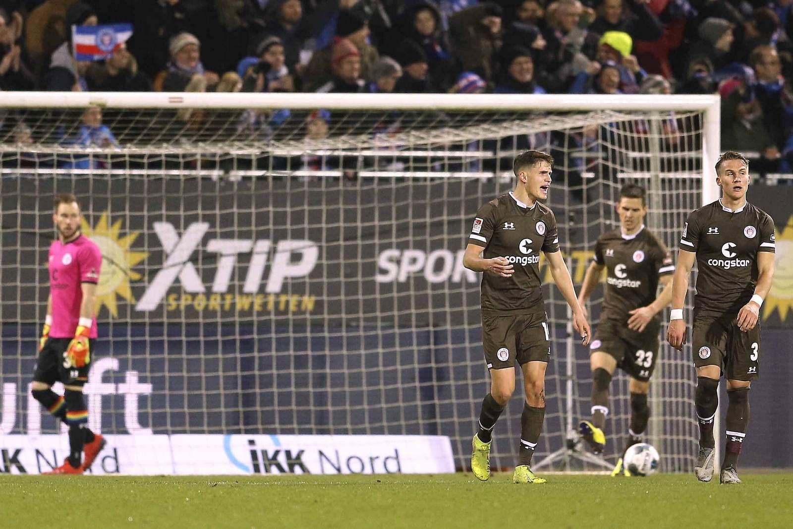 Luca Zander und Leo Östigard beim FC St. Pauli