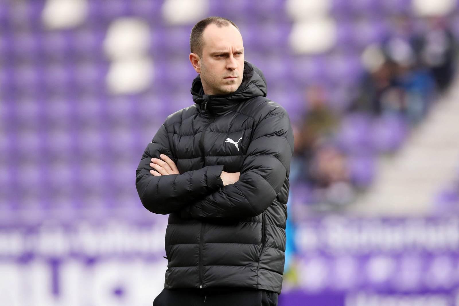 Ole Werner als Trainer von Holstein Kiel in Aue