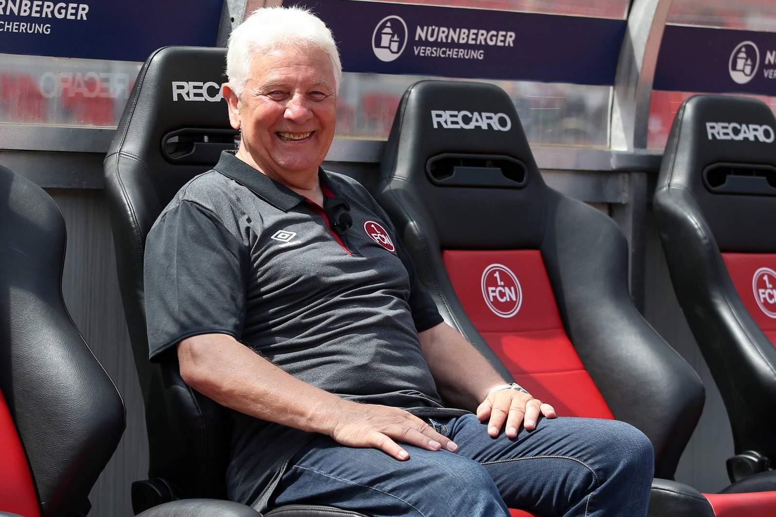 Dieter Nüssing auf Bank des 1.FC Nürnberg