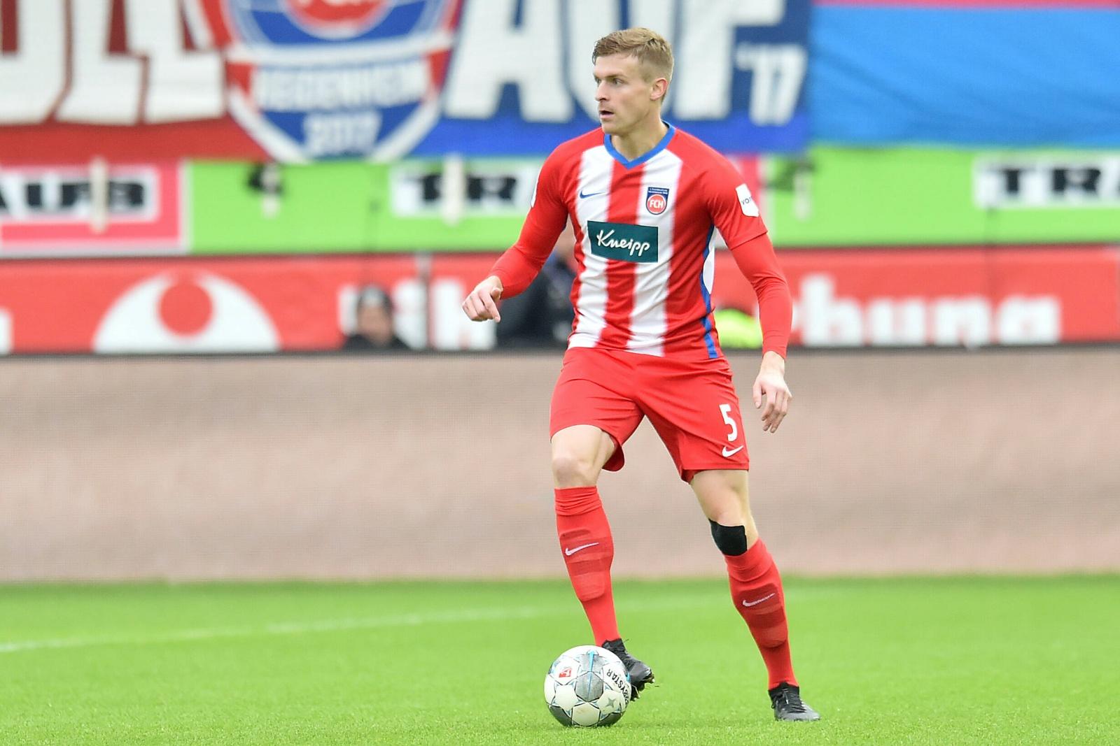 Oliver Hüsing am Ball für den 1. FC Heidenheim
