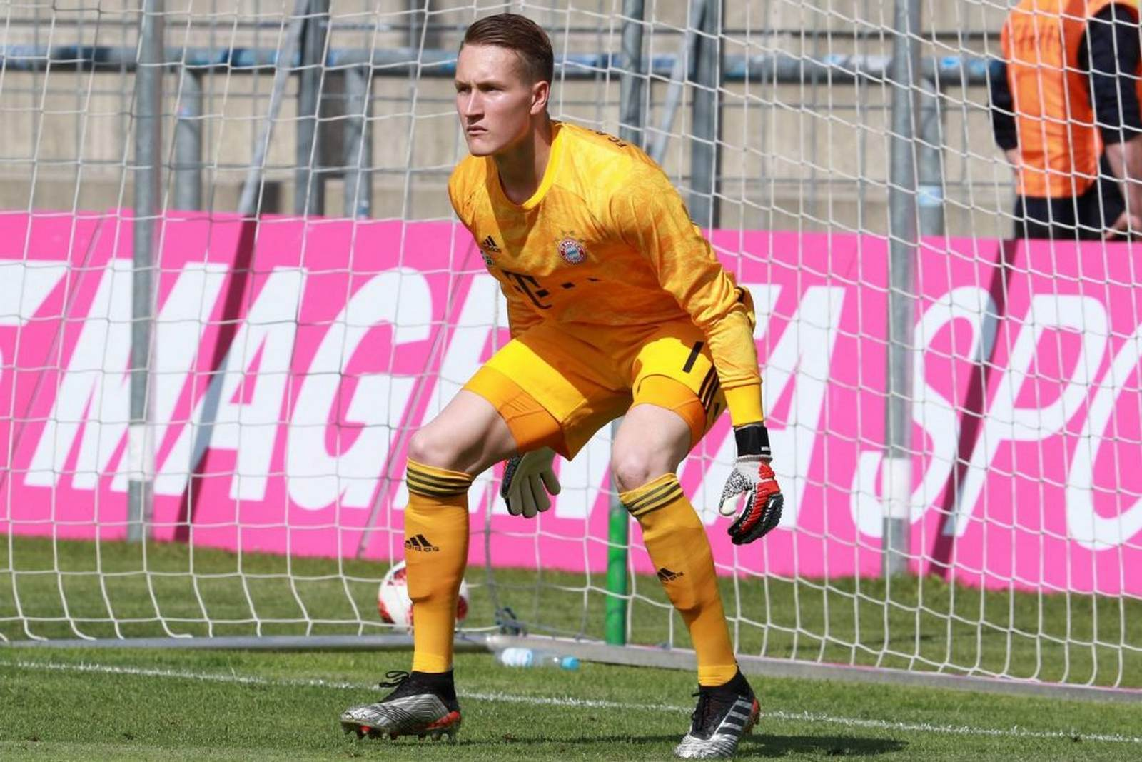 Ron-Thorben Hoffmann beim FCB II