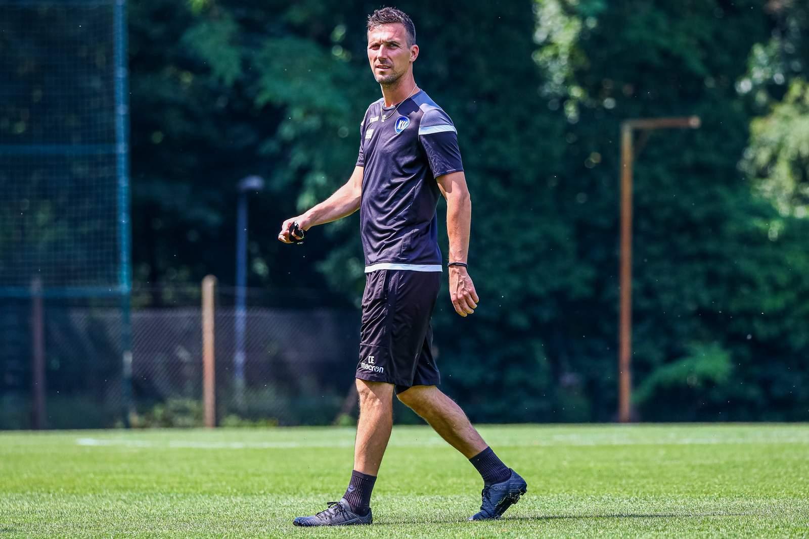 Christian Eichner auf dem Trainingsplatz.