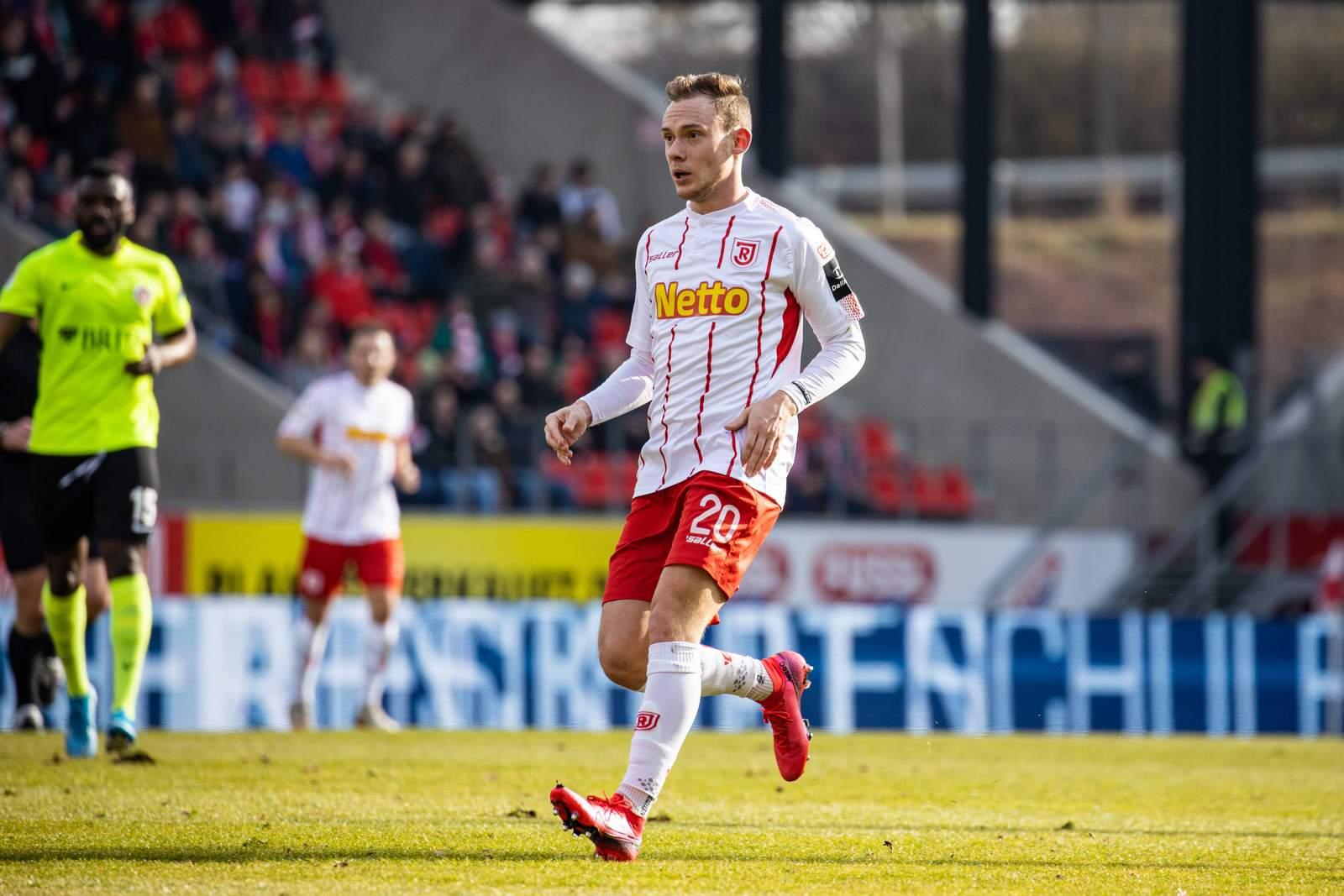 Federico Palacios gegen Wehen Wiesbaden.