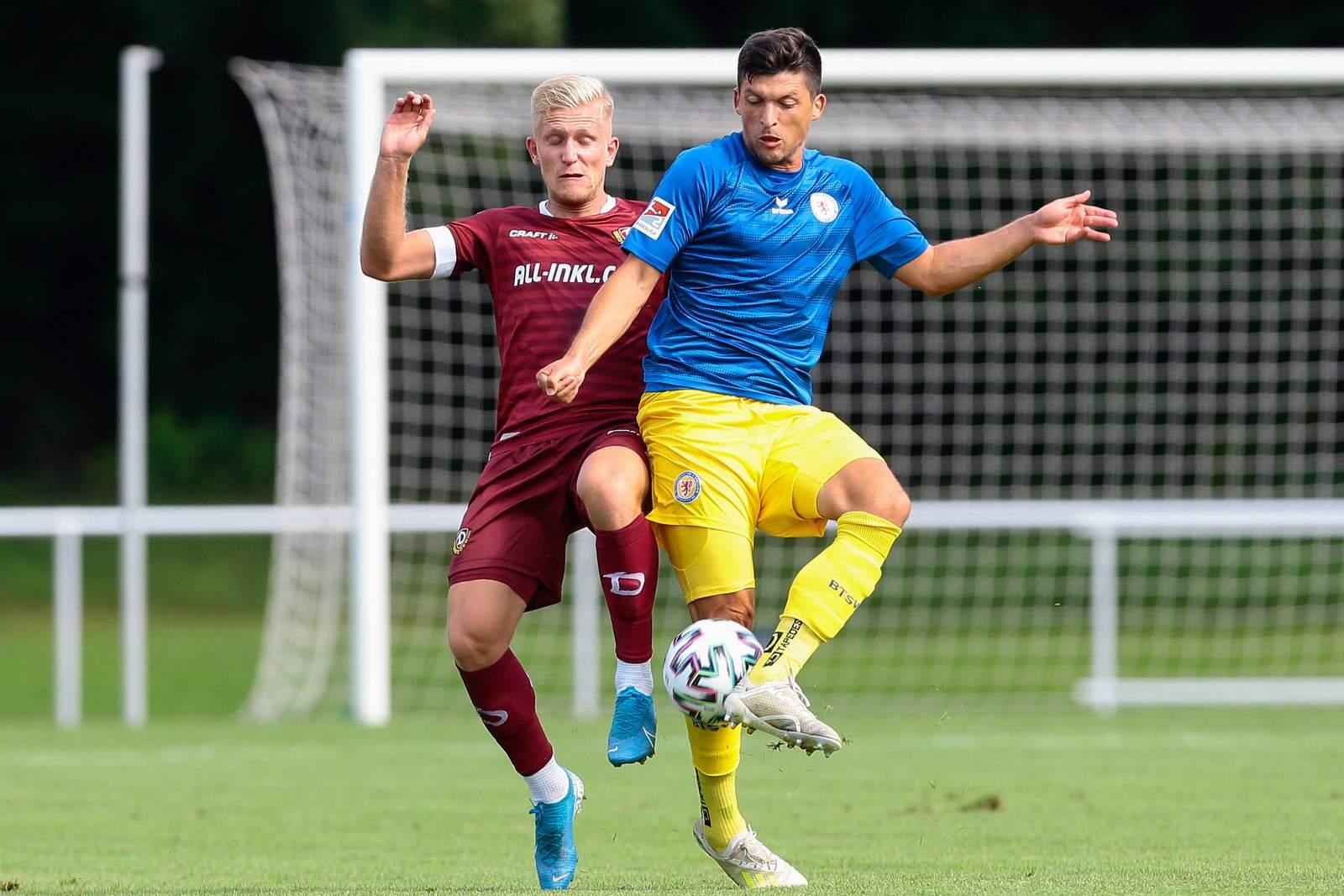 Jannis Nikolaou gewinnt Zweikampf gegen Luka Stor