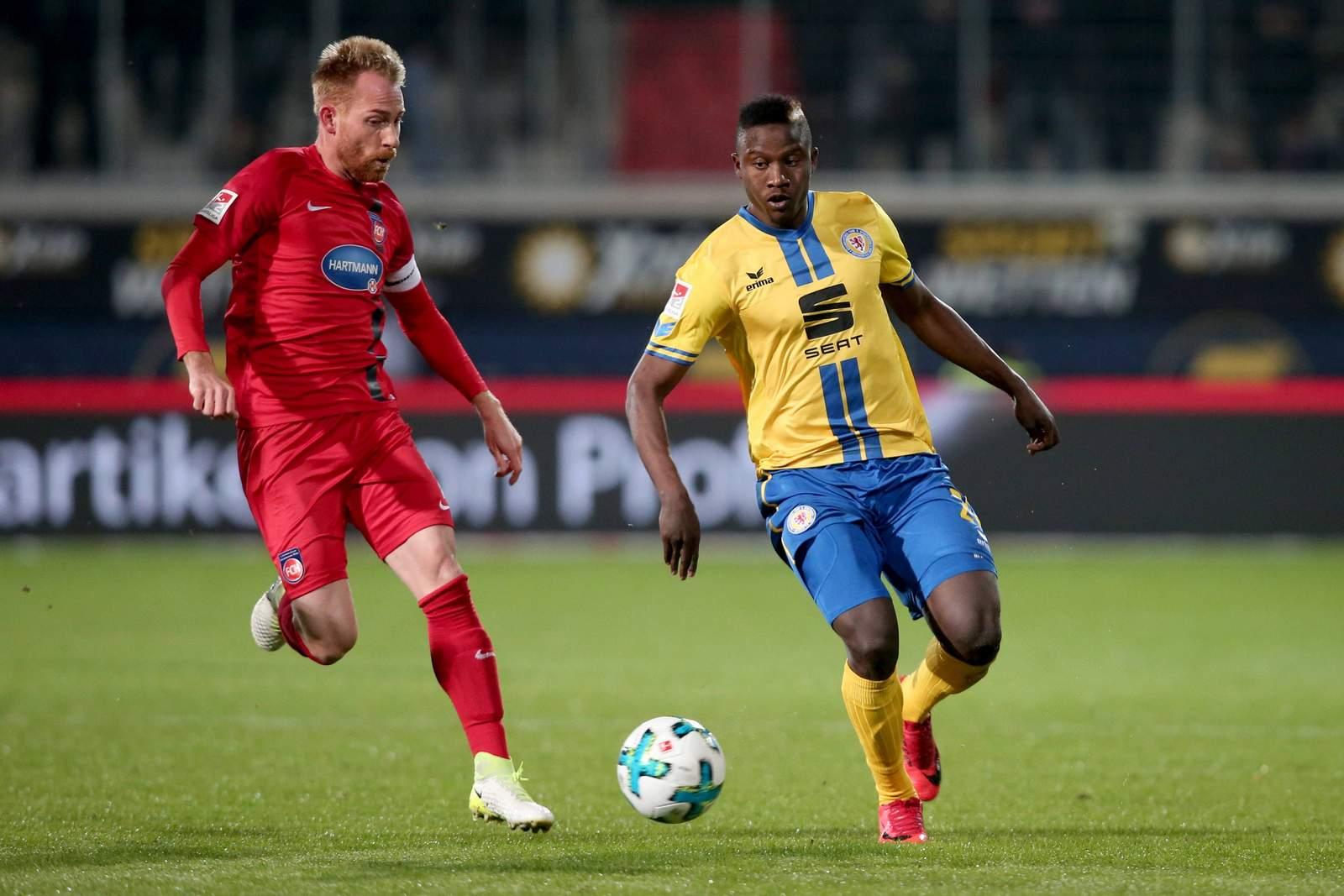 Marc Schnatterer gegen Suleiman Abdullahi. Jetzt auf Heidenheim vs Braunschweig wetten