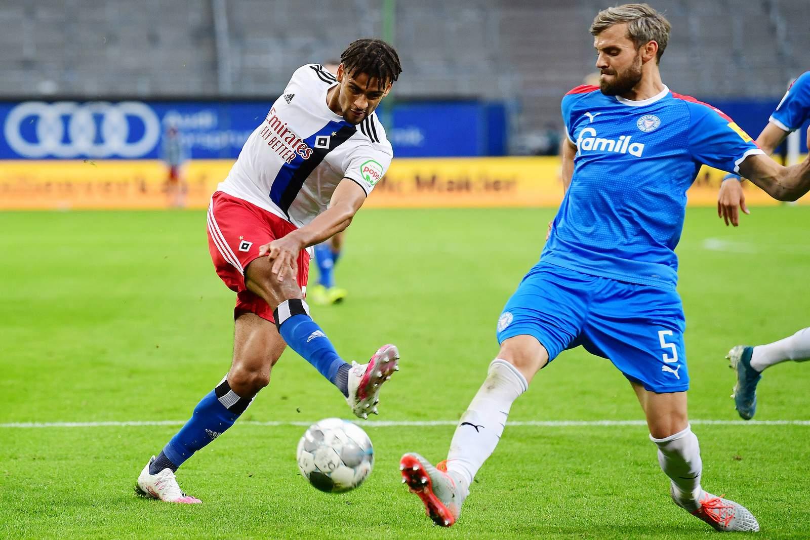 Josha Vagnoman gegen Stefan Thesker. Jetzt auf Kiel vs HSV wetten