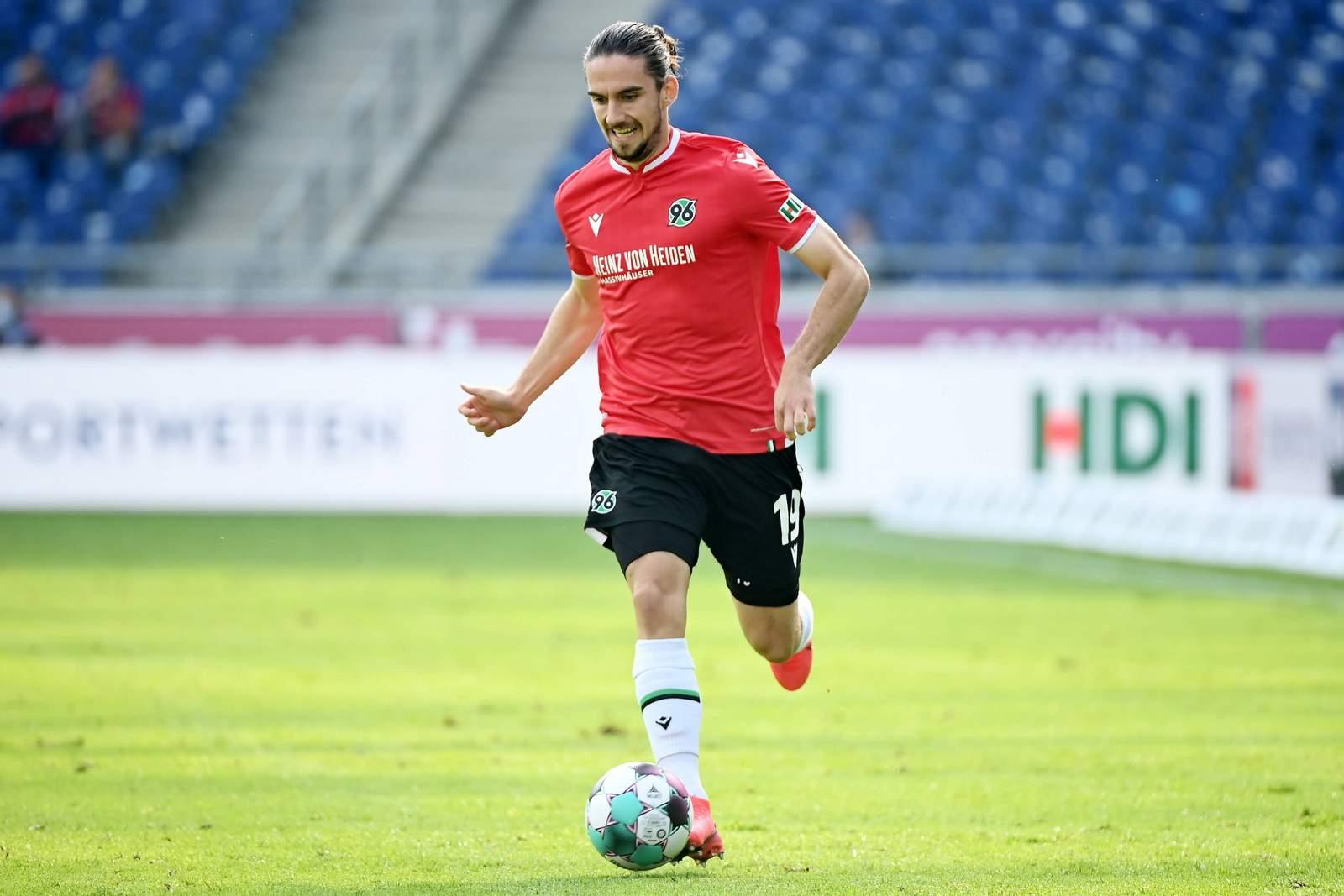 Valmir Sulejmani gegen Braunschweig.
