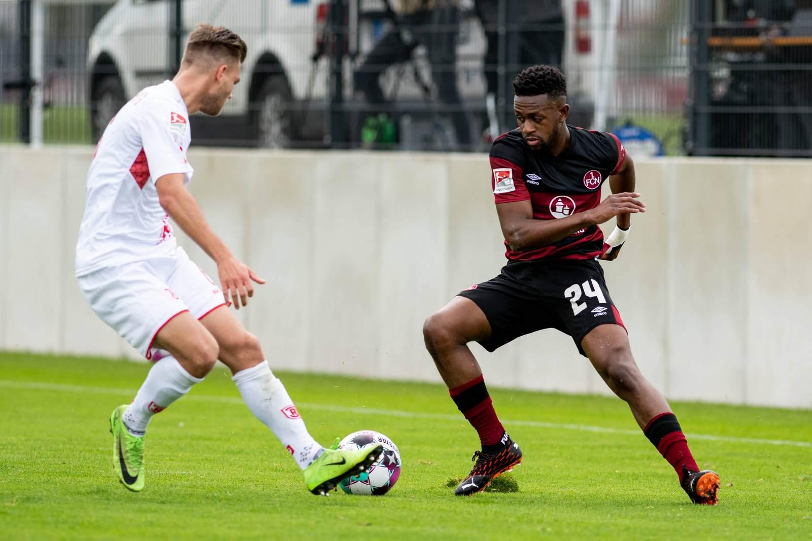 Virgil Misidjan im Testspiel gegen Jahn Regensburg