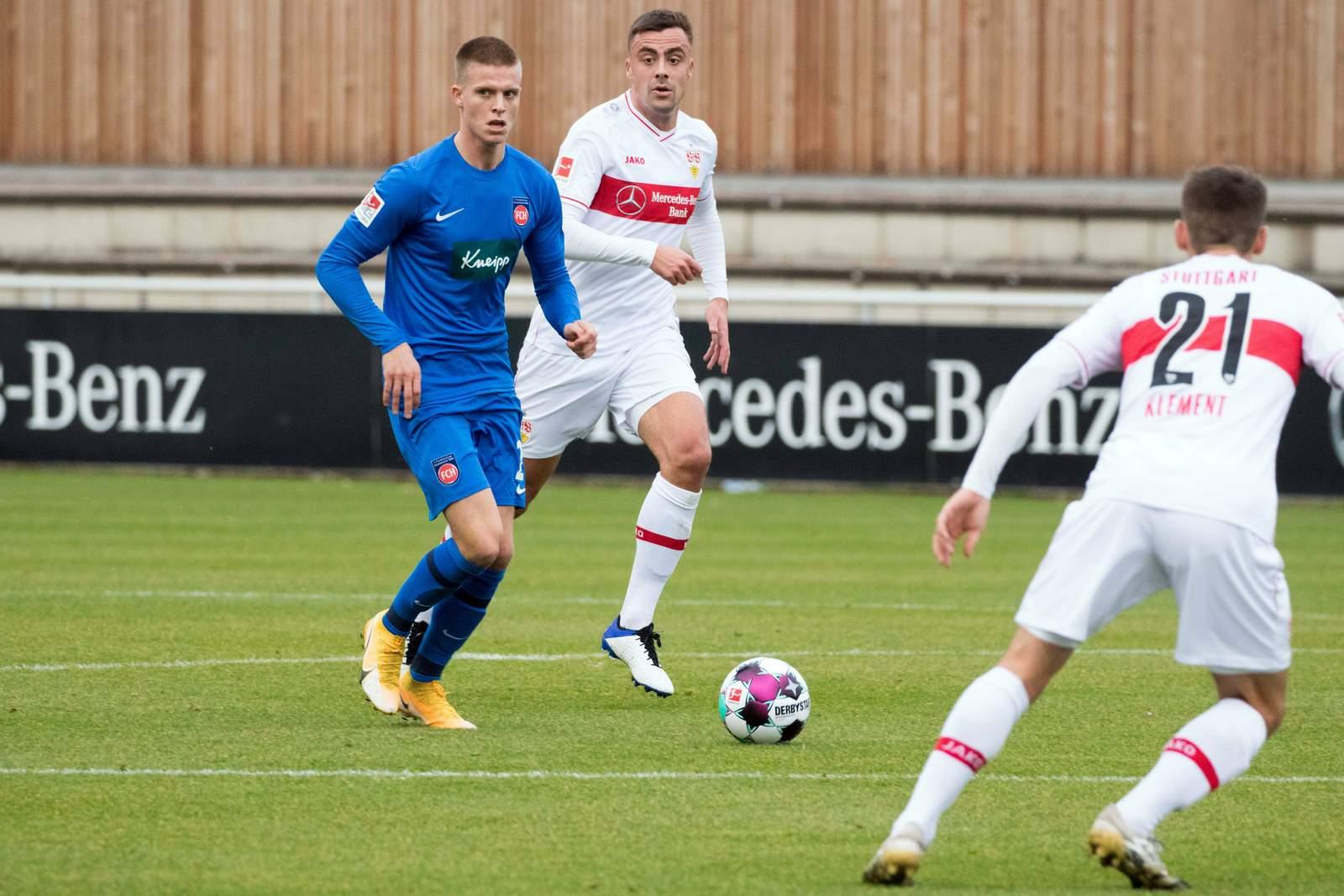 Dzenis Burnic im Test gegen Stuttgart.