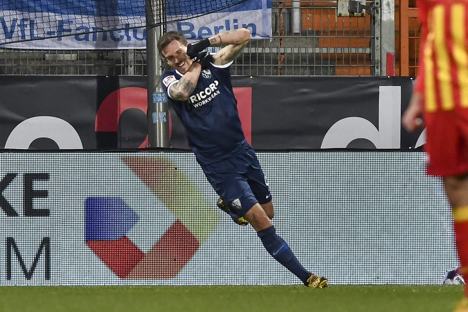 Simon Zoller jubelt gegen Paderborn.