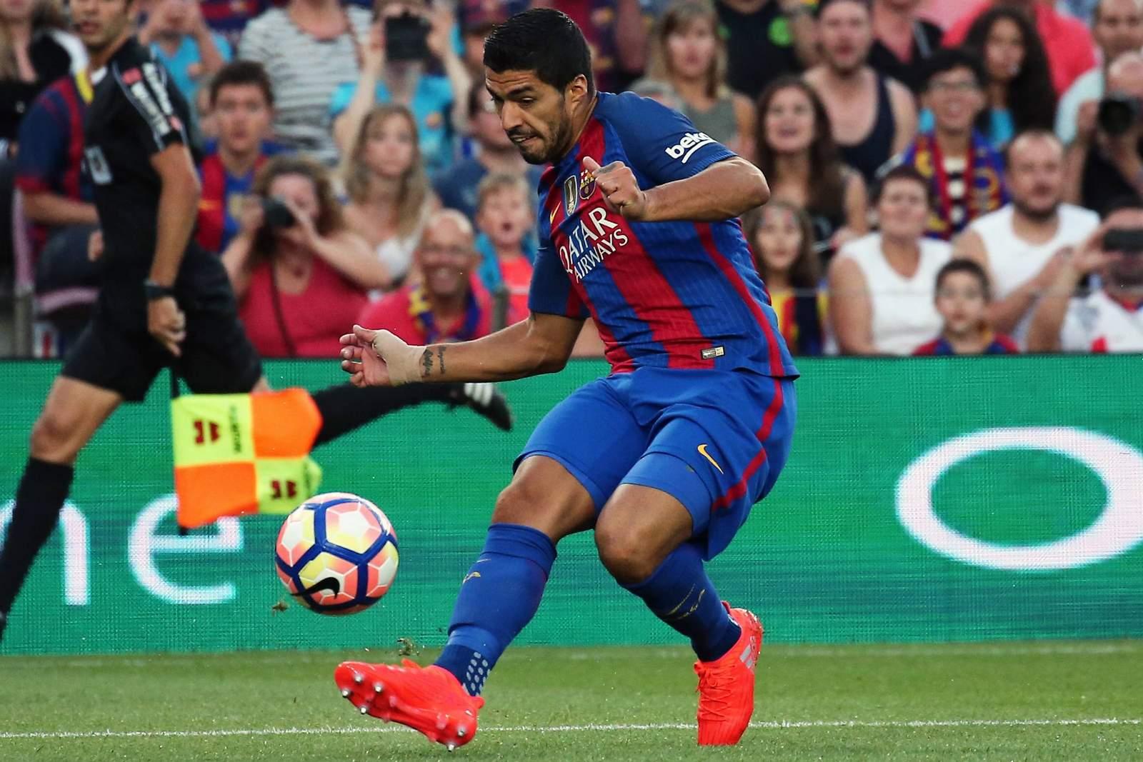 Luis Suarez zieht ab. Jetzt auf Villarreal gegen FC Barcelona wetten!