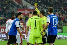 Christian-Dietz-Schiedsrichter-Stephan-Salger-Bielefeld-25-10-16-imago25899896h