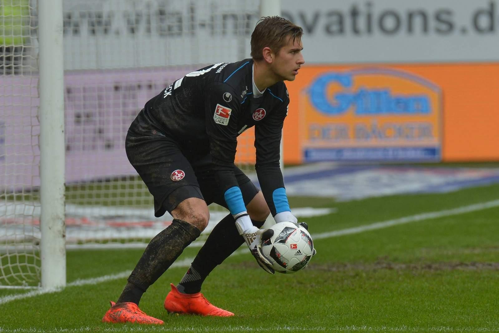 Julian Pollersbeck, Keeper des 1. FC Kaiserslautern.