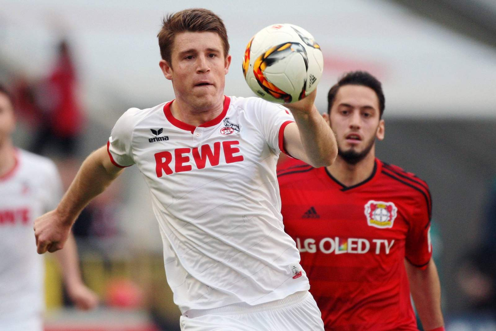 Setzt sich Heintz gegen Calhanoglu durch? Jetzt auf Köln gegen Leverkusen wetten
