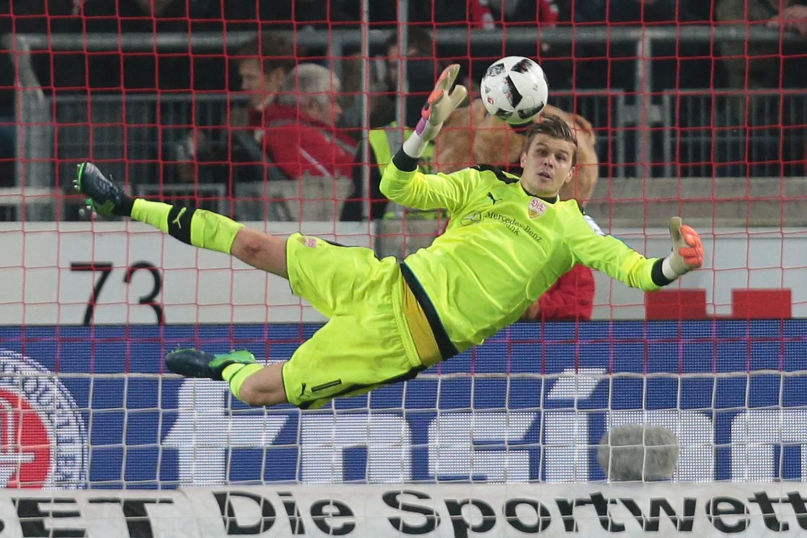 VfB Stuttgart will offenbar Ron-Robert Zieler ausleihen