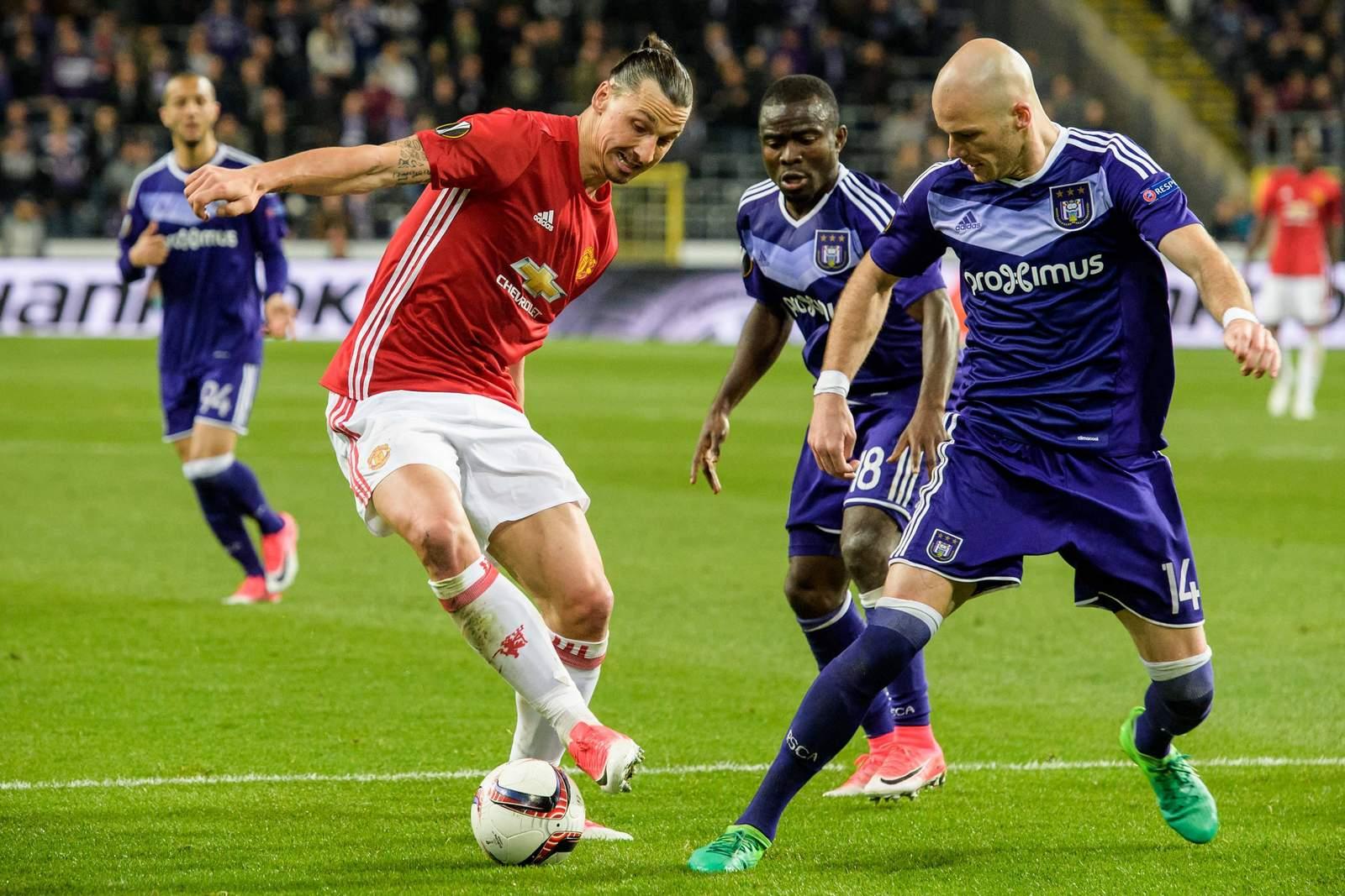 Bram Nuytinck stellt Zlatan Ibrahimovic. Jetzt auf ManU gegen Anderlecht wetten!
